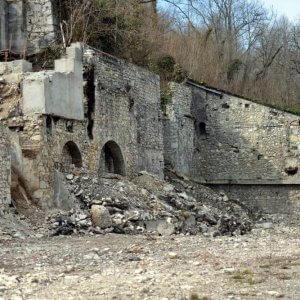 Pyrimont-an-der-Rhône